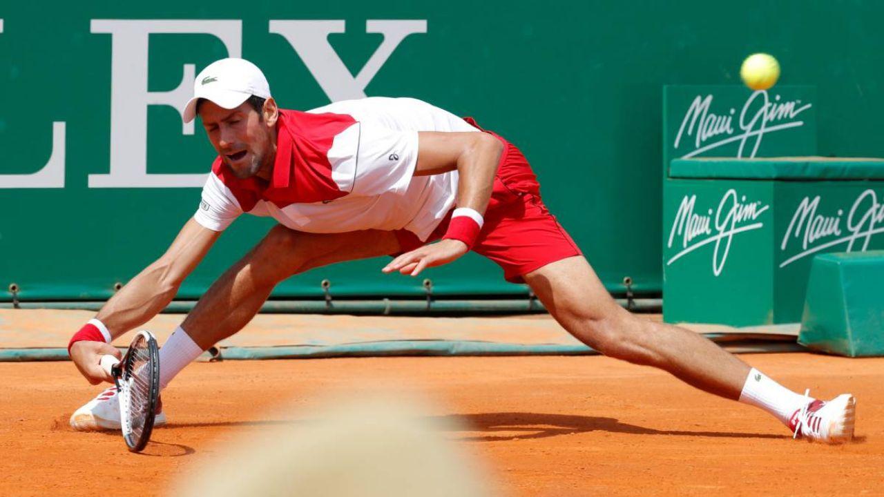 Djokovic pasó a octavos sin mucho fuelle ni brillo