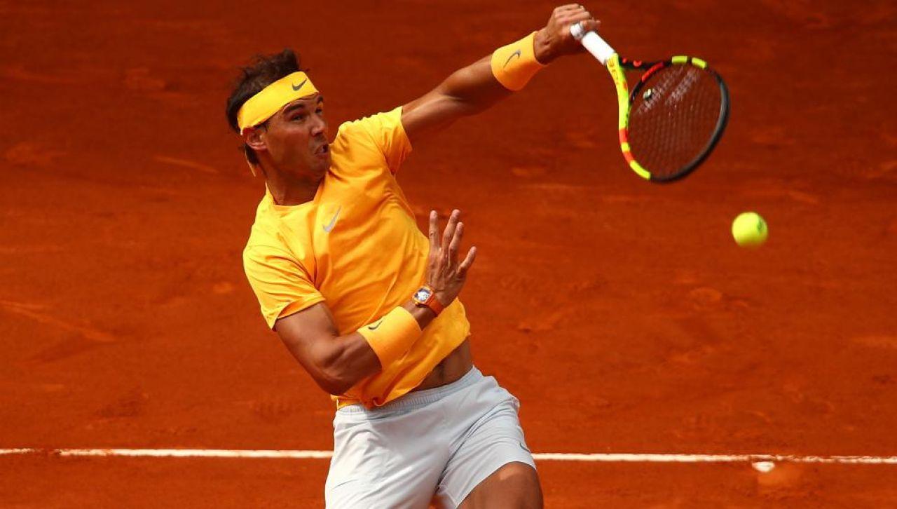 Nadal avasalla a Monfils en su debut en el Mutua Madrid Open