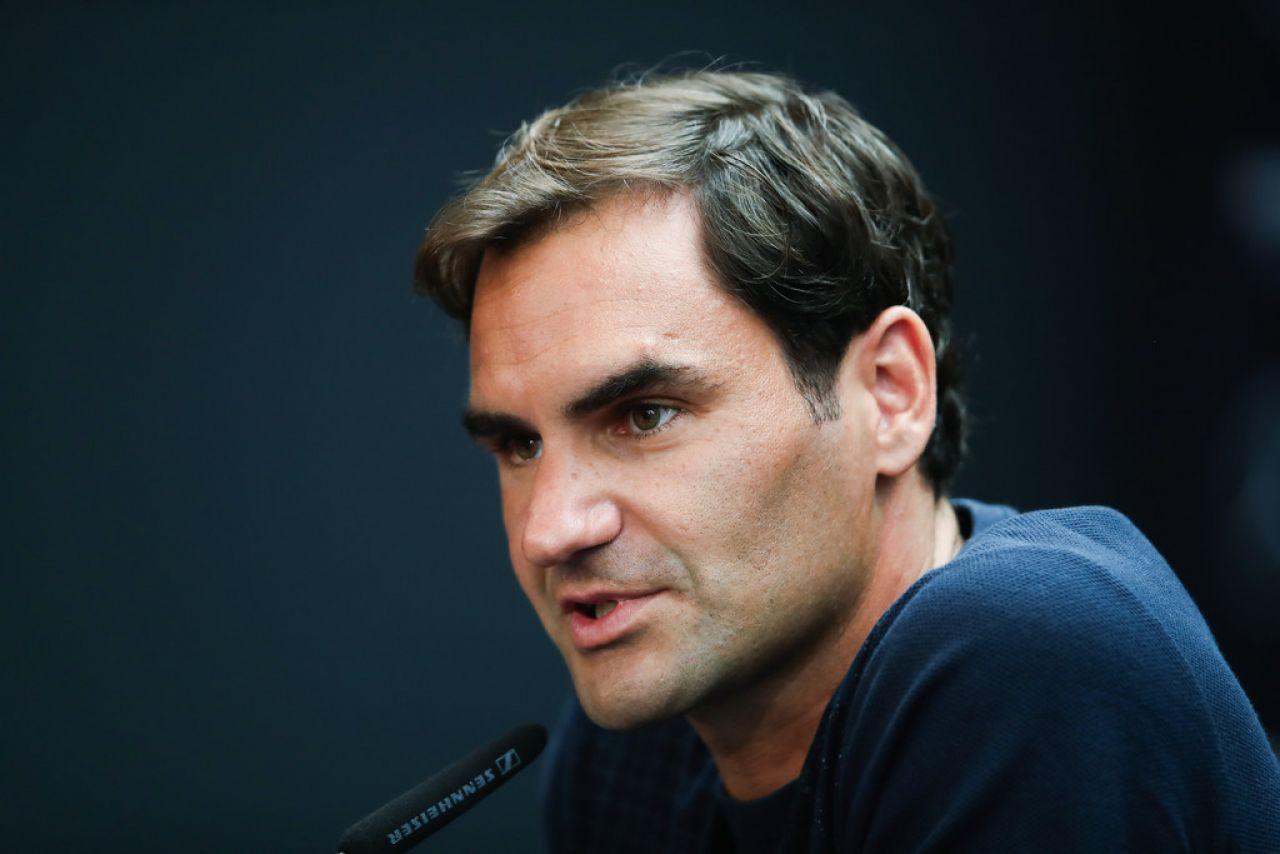 Federer: Todos los tenistas tenemos que hacer una reverencia a Nadal